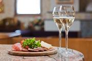 Продается Уютный бар-ресторан в Барселоне с контрактом аренды до 2025г